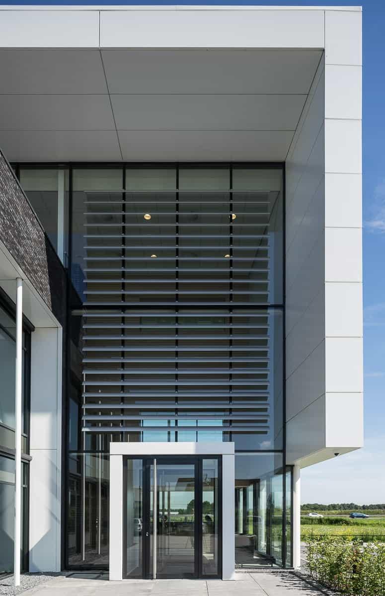 Uitbreiding bedrijfspand dodewaard bronsvoort blaak architecten bna - Bureau van de uitbreiding ...